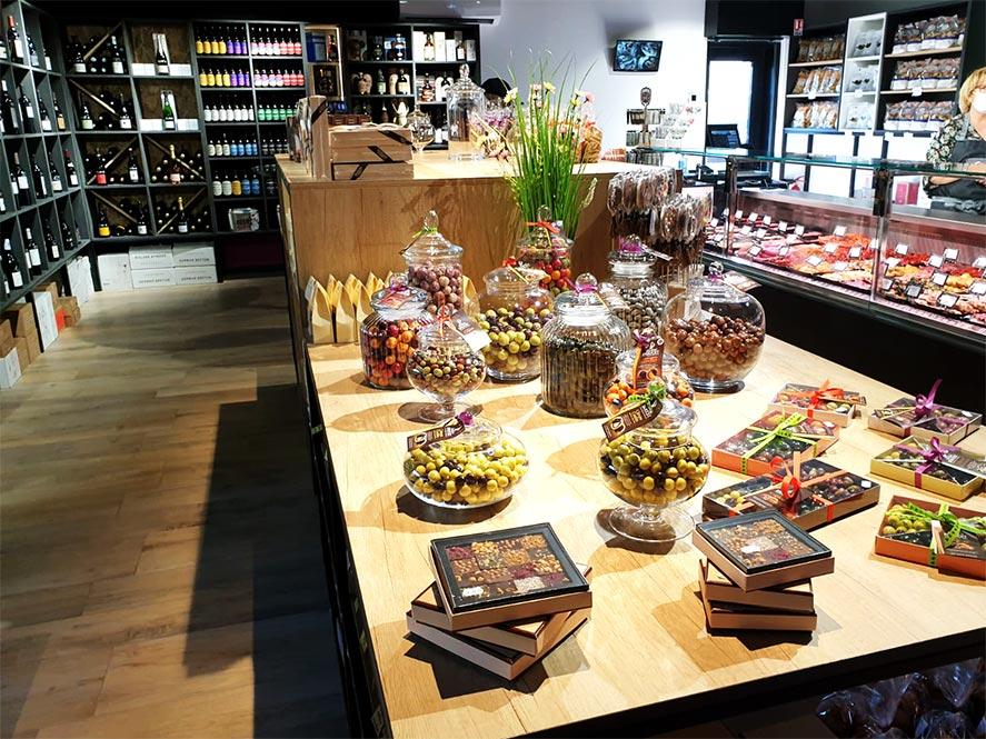 Intérieur épicerie fine Gekko gourmet la valette du var, PACA, Provence